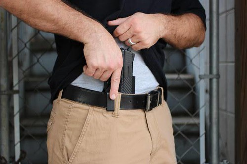 Concealed Carry Fashion Tips: Choose a Gun Holster That Won't Blow Your Style